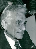 Close up of American composer, conductor, author, music lecturer, and pianist Leonard Bernstein