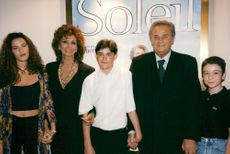 "Sophia Loren along with his ""Soleil"" opponent and director Roger Hanin at the Paris premiere"