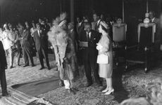 Prinsessan Anne in a conversation, at an event.