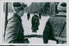 Finnish-Russian War 1939-40 The first and only images from the Russian account of Hanko. Russian sentries outside Hanko.