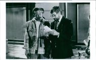 Eddie Murphy and Director John Landis on the set of the film
