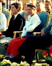 Crown Princess Victoria enjoys the birthday song during her 20th birthday together with Prince Carl-Philip on her side.