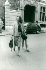 Sophia Loren accompanies his son Edoardo to school on his first day