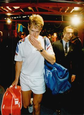 Stefan Edberg leaves the Stockholm Open after the final loss.