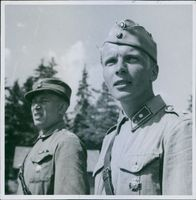 Close up of soldiers standing together and smiling.  Finnish soldiers Karelia July 1941