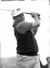 "Raymond Loran ""Ray"" Floyd playing golf."