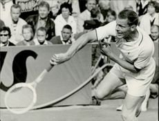Ulf Schmidt in action in his match against Barthes (France) his clearly defeated