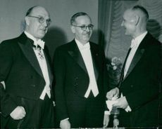 Professor H. Bergstrand together with Nobel priests Bernardo Alberto Houssay and Gerhard Domagk