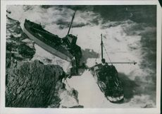 """Mimi"" wrecked on Cape Banks, Botany Bay.   1937"