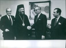 1966 A photo of Archbishop Makarios, U Thant, Spyros Kuprianou & Zenon Rossides in the U.N. Office.