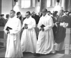 Three who was ordained in Härnösand Cathedral: Tage Step Back, Paul Granevik and Bertil Nilsson.