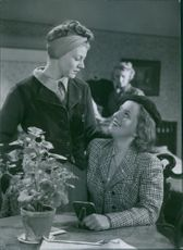 """A scene from the film """"Landstormens lilla argbigga"""" (Country Storm little vixen) with Irma Christenson and Sickan Carlsson, 1941."""