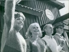 Still of Katie Rolfsen, Monica Zetterlund, Gosta Ekman and Tage Danielsson in the film.