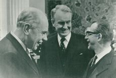 Carl Henrik von Platen, Swedish delegate and OECD. Here along with Gunnar Lange and Giovanni Pieradsini.