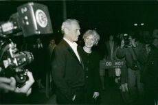 Actor Paul Newman and his wife Joanne Woodward arrive at The Glass Menagerie Party at Sams restaurant