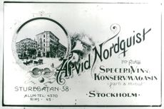 The ad shows Arvid Nordquist store from Sturegatan when the century was young
