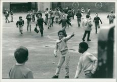Schools 1988:Children playing at highbury quadrant primary school.