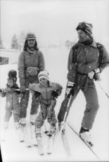 King Carl Gustaf and Queen Silvia go skiing with the children crown princess Viktoria and Prince Carl Philip
