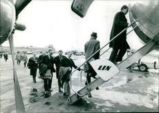Rescued passengers boarding the plane, from Angelholm accident in 1965.