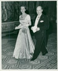 Director Harry Brynielsson in AB Atomic Energy with spouse arrives at King's second representative dinner for the season