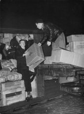 From gathering in Stockholm of clothing to the Finnish refugees. 1939.