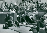 Public at poetry in Parliament House