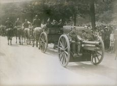 One of the Germans captured French cannon.