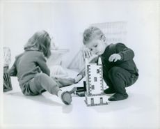 Kids playing blocks.