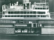 Maritime Museum: The Great Picture Hunt. Model of passenger ship