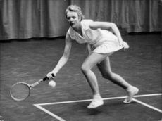 Djursholm's Miss Tennis Astrid Johansson in action