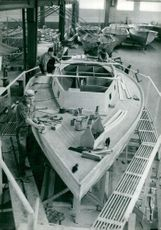 Construction of a new sailboat on Storebro Bruk