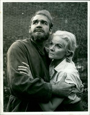 Actress Anne Todd with Robert Brown in play 'The Offshore Island'