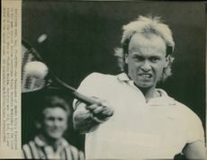 Jan Gunnarsson during the match against Mikael Pernfors in the US Open 1986