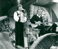 Danish singers Grethe and Jörgen Ingmann.