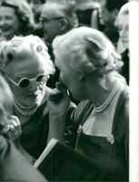 Clementine Churchill talking to a woman.