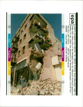 The 1994 Northridge earthquake USA:aykui alaverdyan walks over rubble.