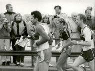 Stockholm Marathon 1987. Out on the track, Grete Waitz plagued, the world's best woman, who eventually had to break