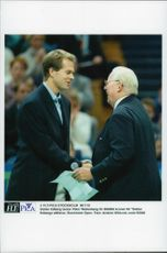 "Stefan Edberg thanks Peter Wallenberg for SEK 800,000 to the ""Stefan Edberg Foundation"" at the Stockholm Open 1996"