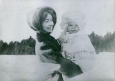 Princess Margaret of Connaught with her daughter Ingrid of Sweden.