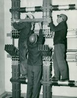 "Great North Fors. 3 guys try a ""separator"" in the machine station"