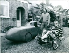 Cycle Designer Mike Burrows with Andrew Pegg