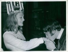 Man kissing hand of Kerstin Asp as Lucia, 1968.