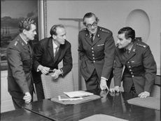 State Secretary Karl Frithiofson (second fr. V) accounting for the fair decision of fr. v. rustmästare Allan Nilsson, Colonel Nils Rabe and managers Gosta Holmgren.