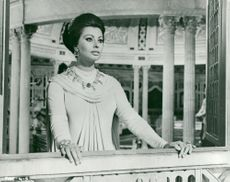 "Actress Sophia Loren in the movie ""The fall of the Roman Empire"""